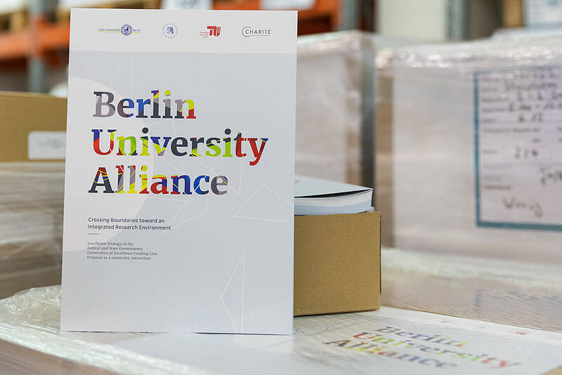 "Antrag der Berlin University Alliance ""Crossing Boundaries toward an Integrated Research Environment"""